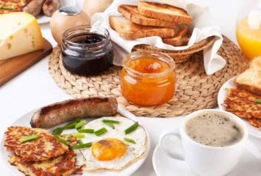 Festtagsfrühstück Buffet im Wildpark-Restaurant