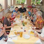 Familien-Buffet zum Ferienstart