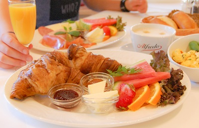 Frühstück im Wildpark-Restauarnt